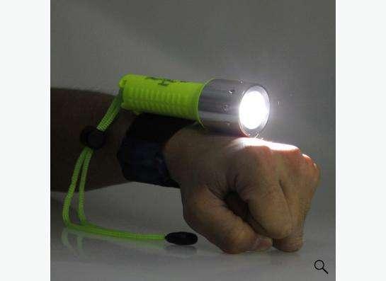 Ультрафиолетовый фонарик для дайвинга в Калининграде Фото 3