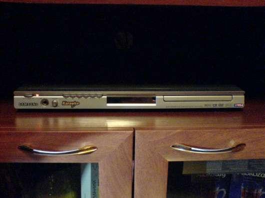 DVD - проигрыватель с караоке SAMSUNG