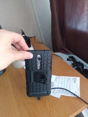 Asus Zenfone 2 ZE551ML 2.3Ггц 4Gb RAM 32Gb ROM в Иркутске Фото 2
