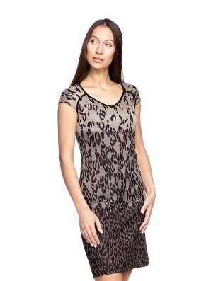 Платье коричневое. р.44