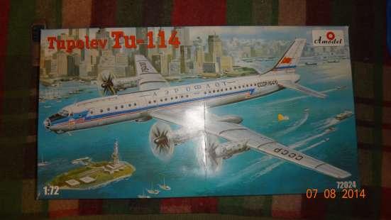 Сборная модель пассажирского лайнера Ту-114 Amodel в Москве Фото 1