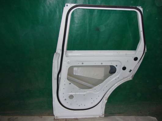 Range Rover Evoque дверь задняя R