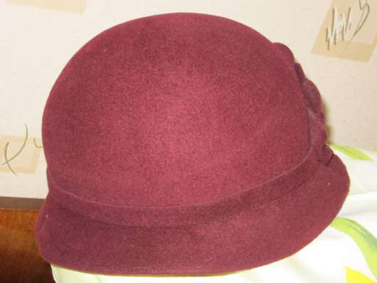 Шляпа модного кроя