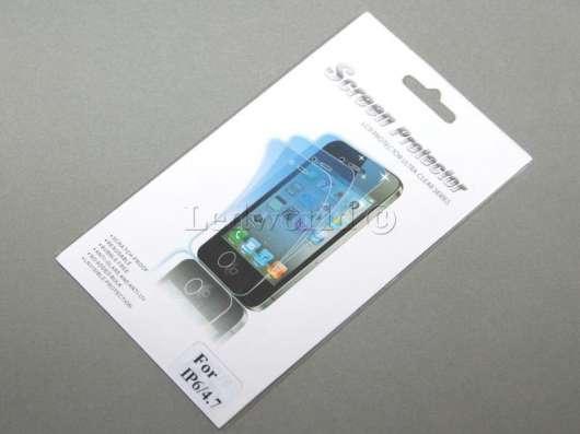 Прозрачная защитная пленка для iPhone 6 в упаковке