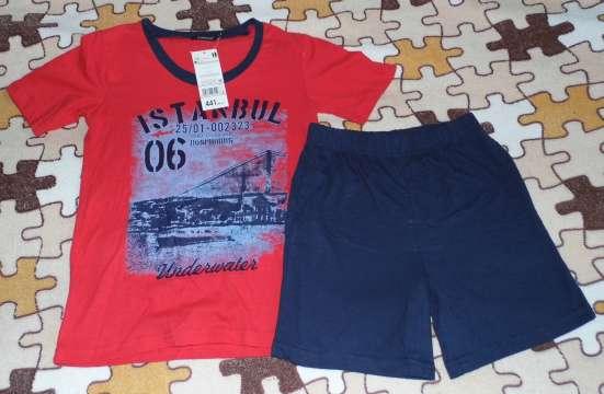 Комплект новый (Футболка+шорты) р.122-128