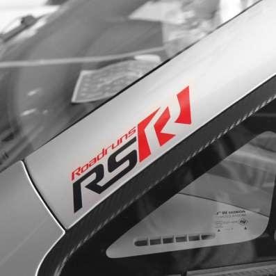 Наклейка на Корейца ROADRUNS RS. 30см