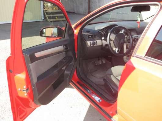 Продажа авто, Opel, Astra, Робот с пробегом 130000 км, в Краснодаре Фото 2