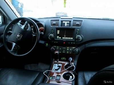 внедорожник Toyota Highlander, цена 1 250 000 руб.,в Москве Фото 4