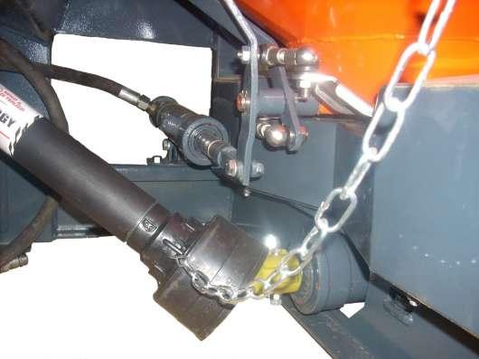 Разбрасыватель минеральных удобрений ДРУГ-1500