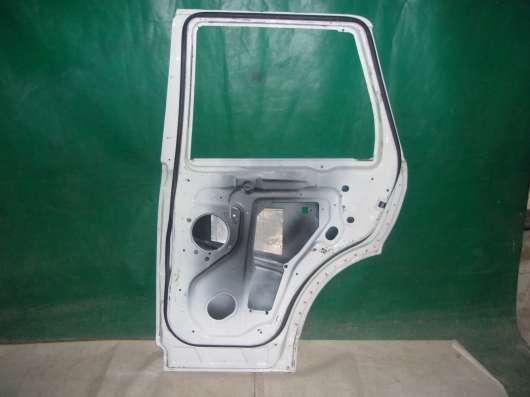 Дверь Land Rover Sport1-белая