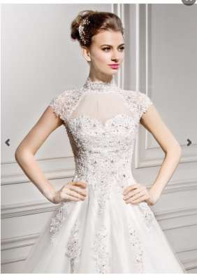 Платье свадебное, платье праздничное, обувь, сумки 5 шт