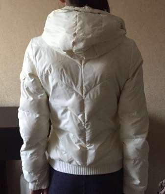 Весенняя куртка Adidas, размер s
