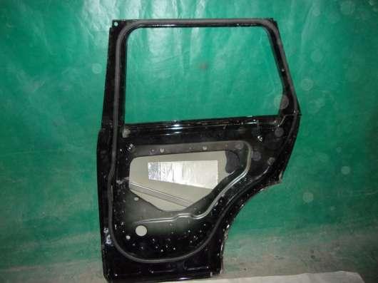 Правая задняя дверь Land Rover Voque4-черная